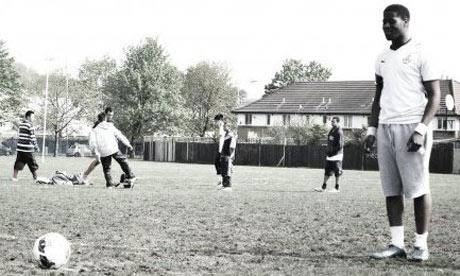 Godwin-Lawson-football-to-006